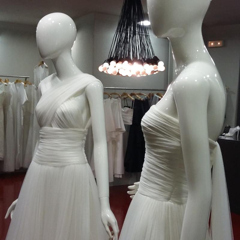 cristina saura vestidos de novia alta costura y vestidos de fiesta.